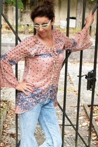Bohemian tunic rosy blue floral style trumpet sleeves