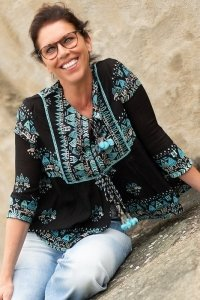Bohemian tunic black turquoise retro pattern embroidered