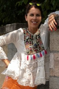 Ibiza hippie style tunic white with colorful embroidery